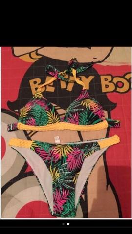 42ac2dfe96d1 MIL ANUNCIOS.COM - Bikinis y bañadores Segunda mano y anuncios ...