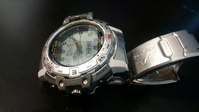 Anuncios Reloj Y com Segunda Altimetro Mil Casio Mano Anuncios qMSzVpU