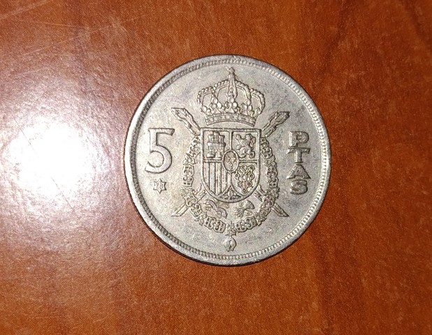 Moneda 5 Pesetas De 1975