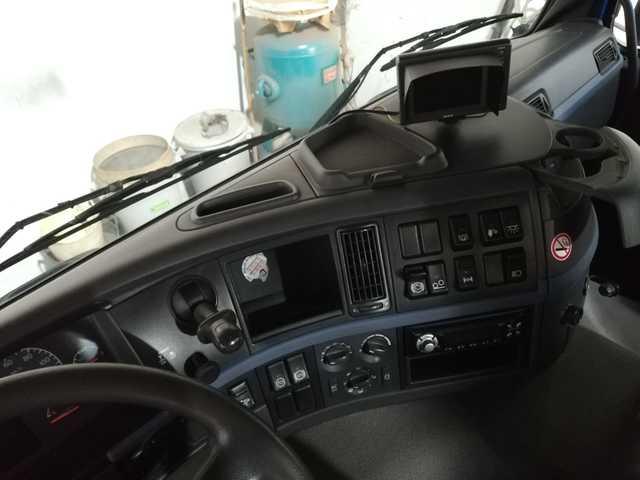 VOLVO FM400 - 6X2 GANCHO MULTILIFT - foto 5