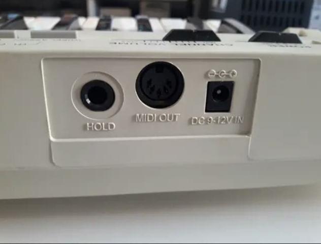 PIANO MIDI MARCA EVOLUTION - foto 2