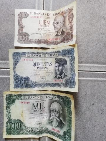 LOTE DE 3 BILLETES DE PESETAS AÑOS 70 - foto 1