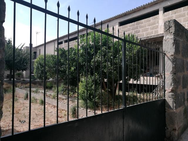 EDIFICIO DE 2 PLANTAS - foto 1