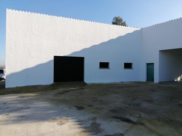 VENTA DE NAVE EN ALVARADO (BADAJOZ) - foto 3