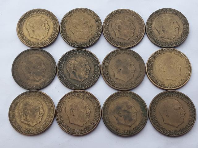 12 Monedas 1 Peseta Franco