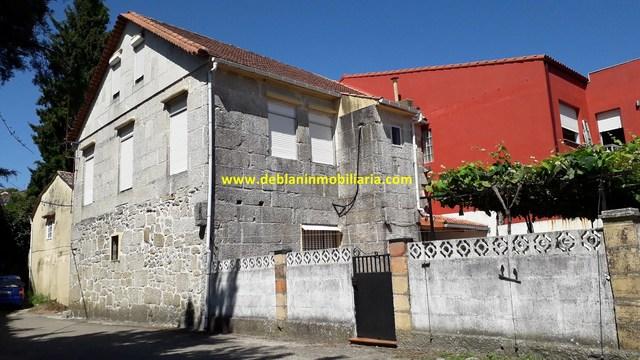 CASA DE PIEDRA DE 245M2,  CON TERRENO - foto 1