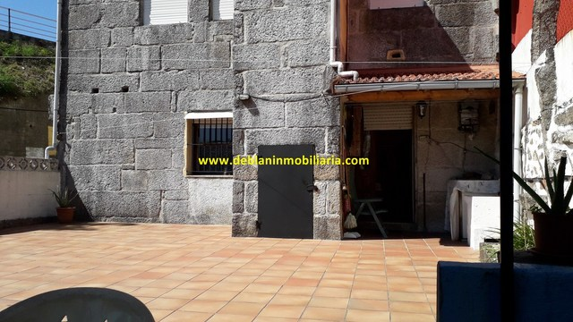 CASA DE PIEDRA DE 245M2,  CON TERRENO - foto 6