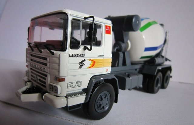 Camion Pegaso Tecno 2331K - Hormigonera