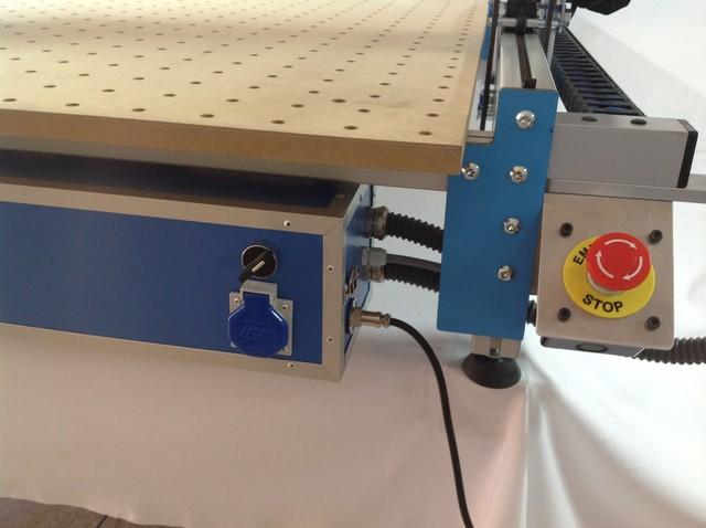 MAQUINA CONTROL NUMERICO CNC PANTOGRAFO - foto 8