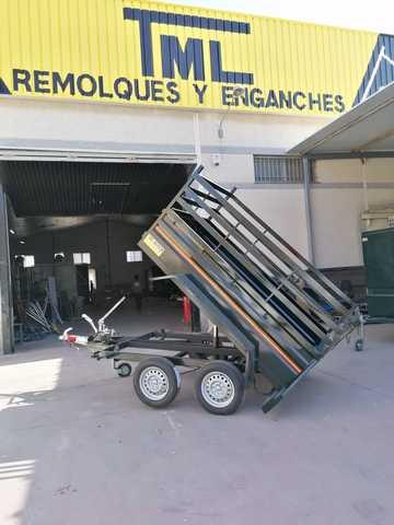 REMOLQUE BASCULANTE - foto 1