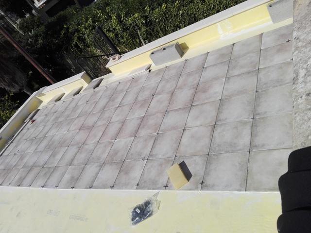 DOS OFICIALES CONSTRUCCIÓN - foto 1