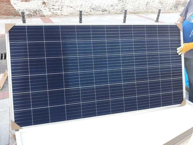 130 Euros  Con Iva Placa Solar 340 Wat