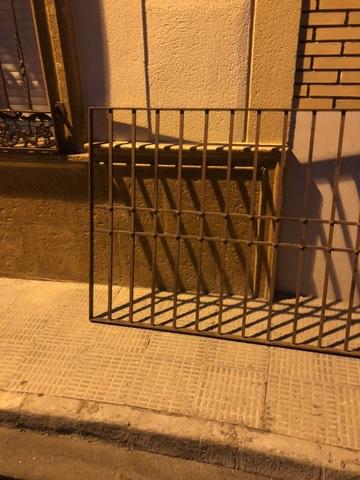 Reja ,  Puerta Y Barandilla