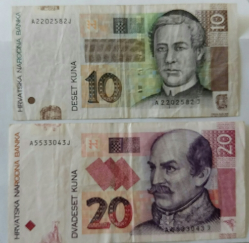 Billetes Croacia