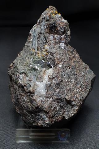 Granate Y Magnetita