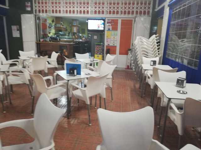 TRASPASO DE BAR EN BENIDORM - foto 1