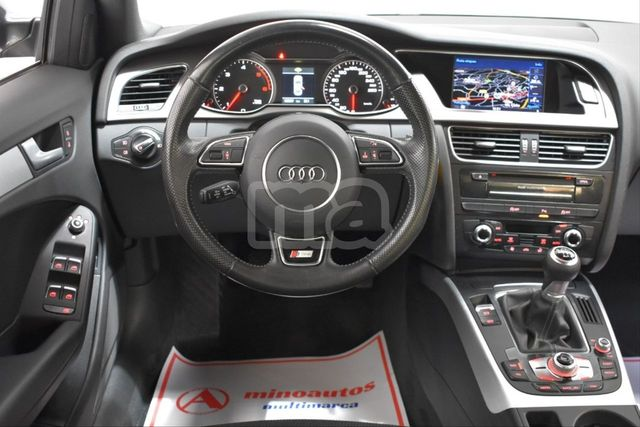 AUDI - A4 2. 0 TDI CLEAN DIESEL 190CV S LINE EDIT - foto 4