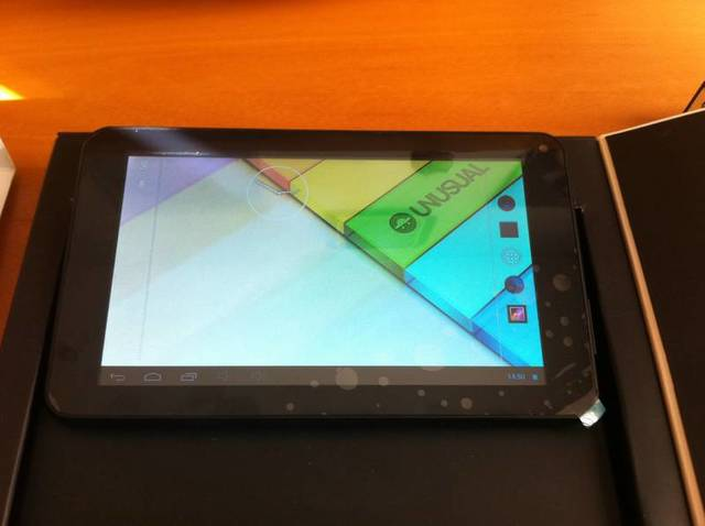TABLET UNUSUAL U7X COMO NUEVA - foto 2