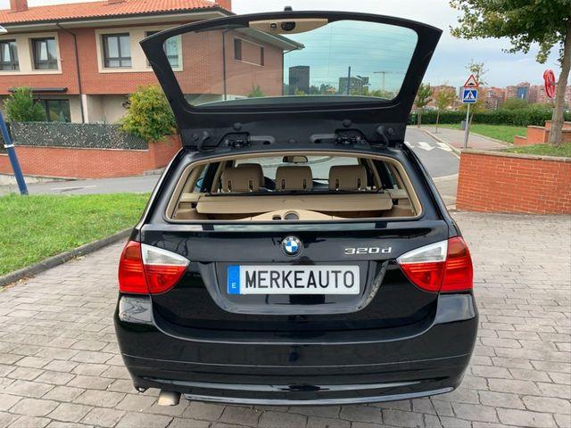 BMW - SERIE 3 320D TOURING E91 - foto 6