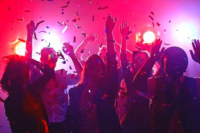 DISCOMOVIL - DJ - DISCOTECA MÓVIL - foto 1