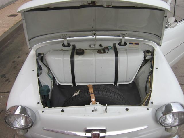 SEAT - 600 L - foto 8