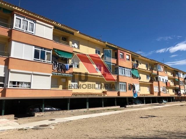 PISO EN VILLALUENGA DE LA SAGRA - foto 1