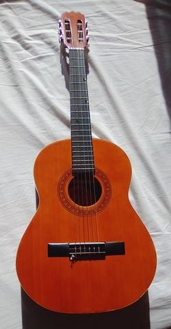 Guitarra cl/ásica espa/ñola Romanza TOLEDO 4//4