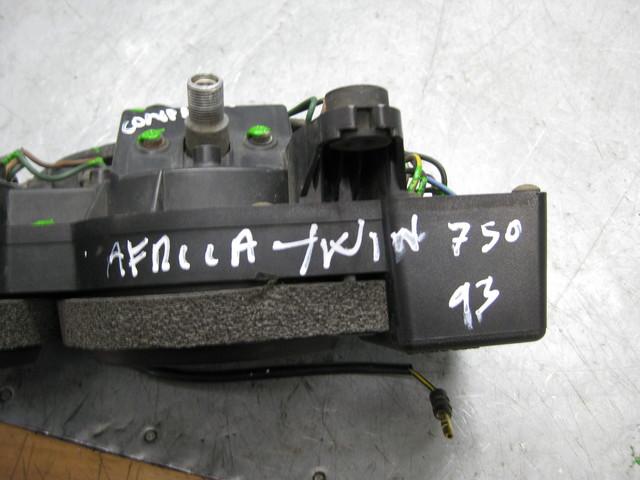 MARCADOR HONDA AFRICA TWIN 750 XRV - foto 5