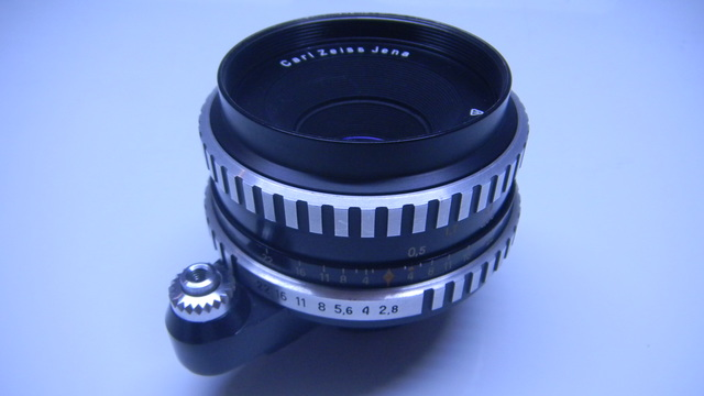 CARL ZEISS JENA TESSAR 50MM F2. 8 - foto 1