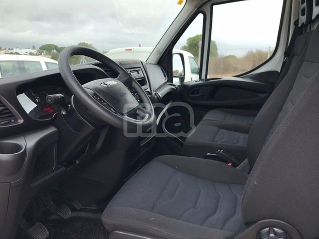 IVECO - DAILY 2. 3 TD 35S 12 V 3520LH2 - foto 5