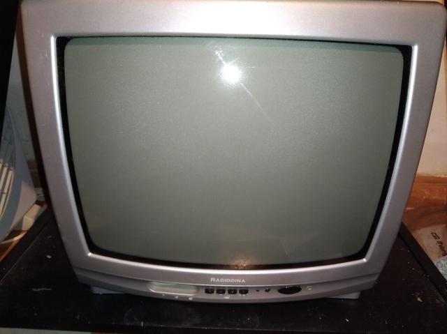 TV DE 14 PULGADAS DE TUBO SANYO - foto 5