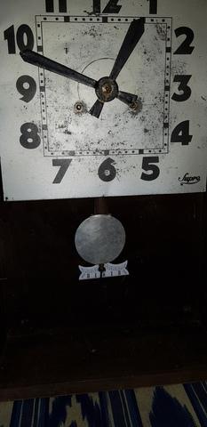 Reloj Mimbre Antiguo De Cuerda
