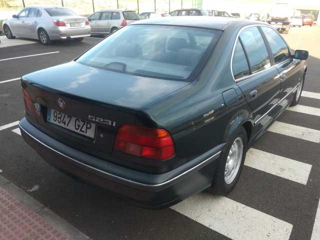 BMW - SERIE 5 523 E39 - foto 4