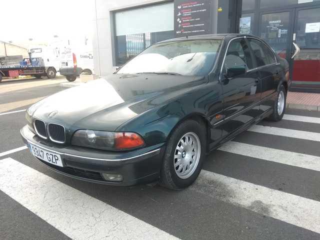 BMW - SERIE 5 523 E39 - foto 2