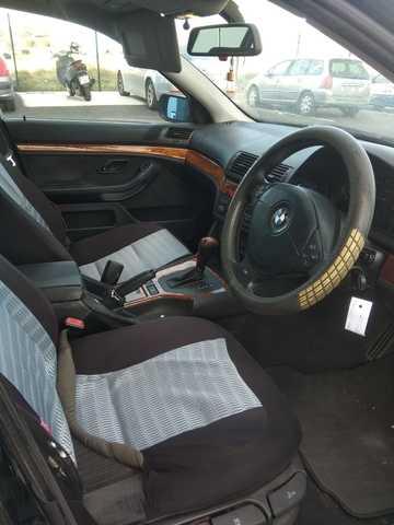 BMW - SERIE 5 523 E39 - foto 6