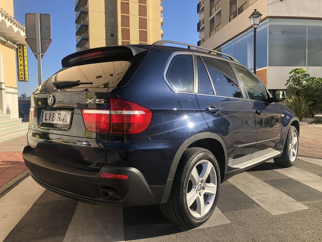 BMW - X5 3. 0D 235CV 7PLAZAS - foto 2