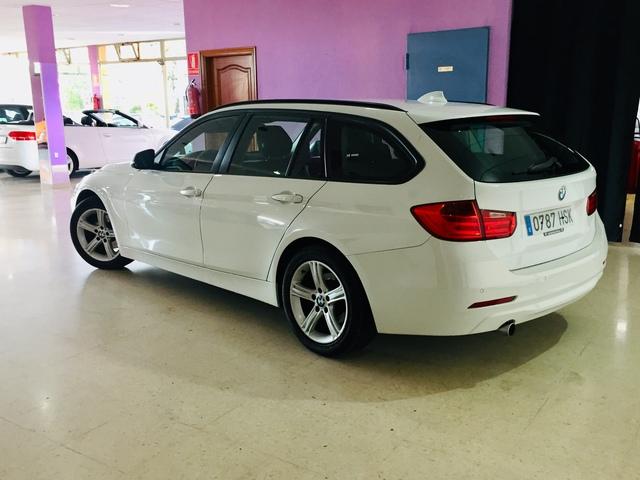 BMW - 320 D TOURING - foto 2