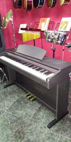PIANO RINGWAY RP-220 - foto 1