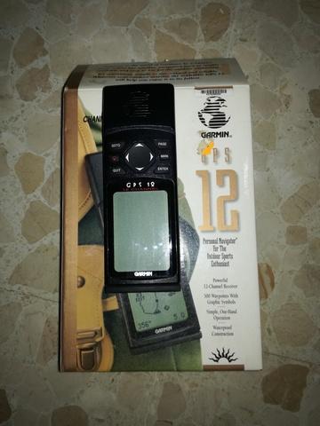 GPS GARMIN 12 - foto 1