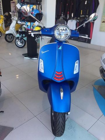 VESPA - GTS 125 IE SUPERSPORT - foto 1