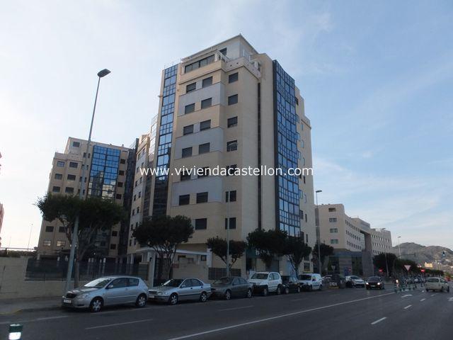 PISO ZONA HOSPITAL JAIME I CASTELLÓN - foto 1