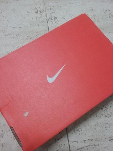 caja nike zapatillas
