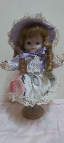 Muñeca De Porcelana 24 Cms
