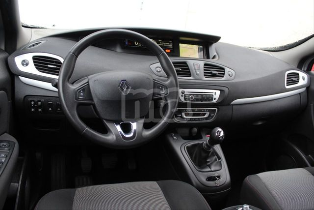 RENAULT - GRAND SCENIC EXPRESSION ENERGY DCI 110 ECO2 7P - foto 6