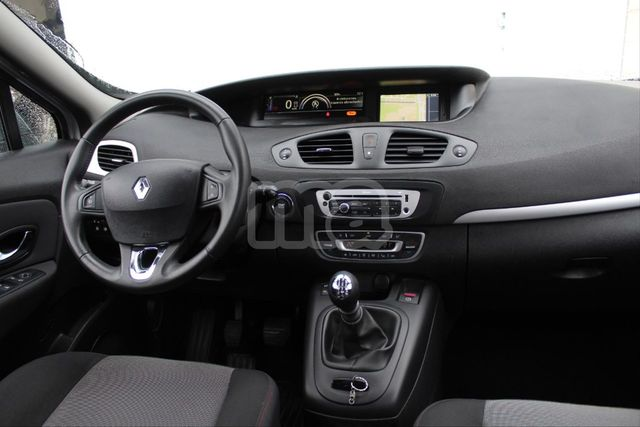 RENAULT - GRAND SCENIC EXPRESSION ENERGY DCI 110 ECO2 7P - foto 9