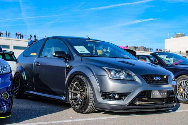 20 negro tuercas de rueda para tuercas Ford Focus II incl torneo St da3//db3