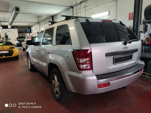 JEEP - G CHEROKEE LIMITED 181, 20€/MES - foto 4