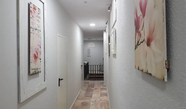 WONDERFUL ROOM IN GIRL\\\'S FLAT P18_16 - foto 7
