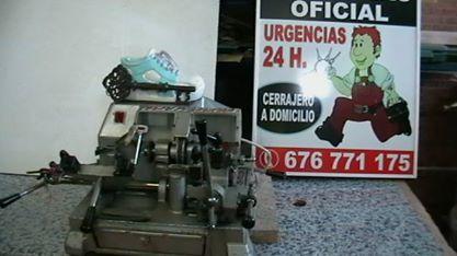 CERRAJERO DE APERTURAS DE PUERTAS - foto 1