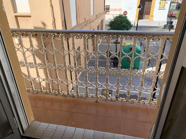 EDIFICIO EN ALGECIRAS - foto 4